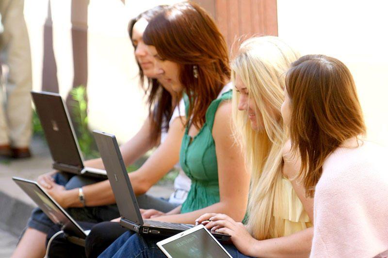 Tyrimas: keturi iš penkių studentų, esant galimybei, sukčiautų