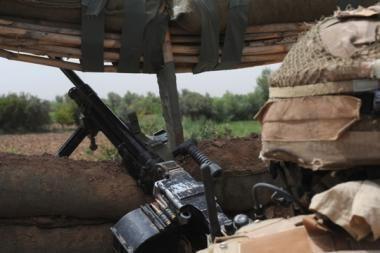 Į Lietuvą penktadienį bus parskraidintas antrasis Afganistane sužeistas karys