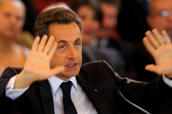 N.Sarkozy sūnus po apsinuodijimo maistu išvyko iš Ukrainos