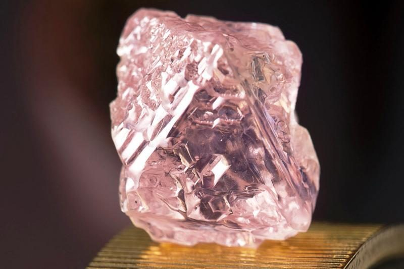 Australijoje rastas reto dydžio rožinis deimantas