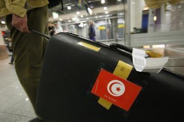 Protestams intensyvėjant, Tunisas paskyrė rinkimus gruodį