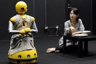 Nyderlandų mokslininkai sukūrė kalbą, padėsiančią žmonėms bendrauti su robotais