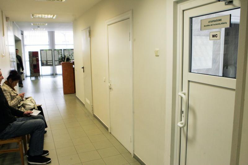 Darbo biržoje laukiami tik nevalgę ir negėrę bedarbiai?