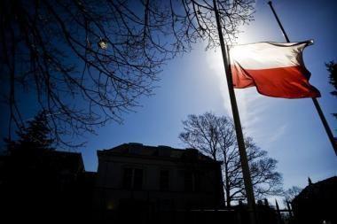 Vilnietė siekia neteisėtu pripažinti jos atleidimą iš Lenkijos ambasados