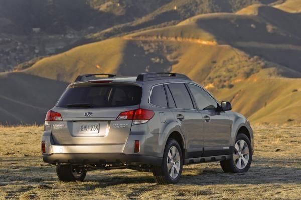 """""""Subaru Outback"""" dinastija – 5 karta"""