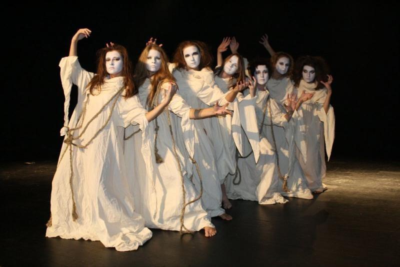 """A.Mažonas ir jo pantomimos teatras parodys """"Paikų mergelių"""" premjerą"""