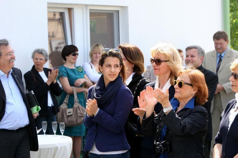 Italai dovanojo namus Kauno našlaitėms