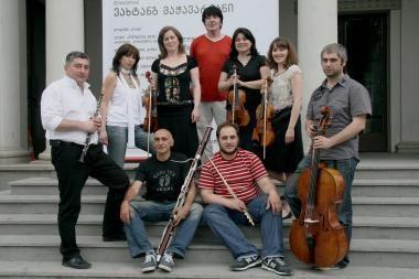"""Gruzinų """"Mon Plaisir"""" – malonumas muzikuoti ir klausyti"""