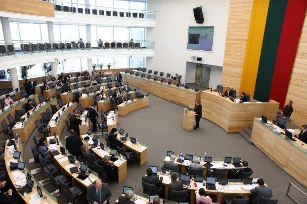 Seimas ėmėsi parlamentarų privilegijų įstatymo