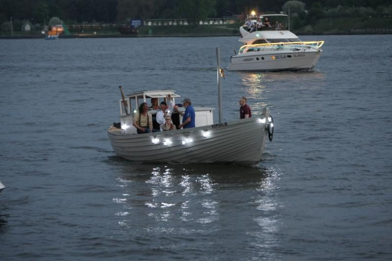 Įspūdingas laivų paradas nušvietė uostamiestį