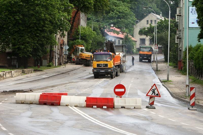 Teks apsišarvuoti kantrybe: nuo pirmadienio uždaryta Parodos gatvė