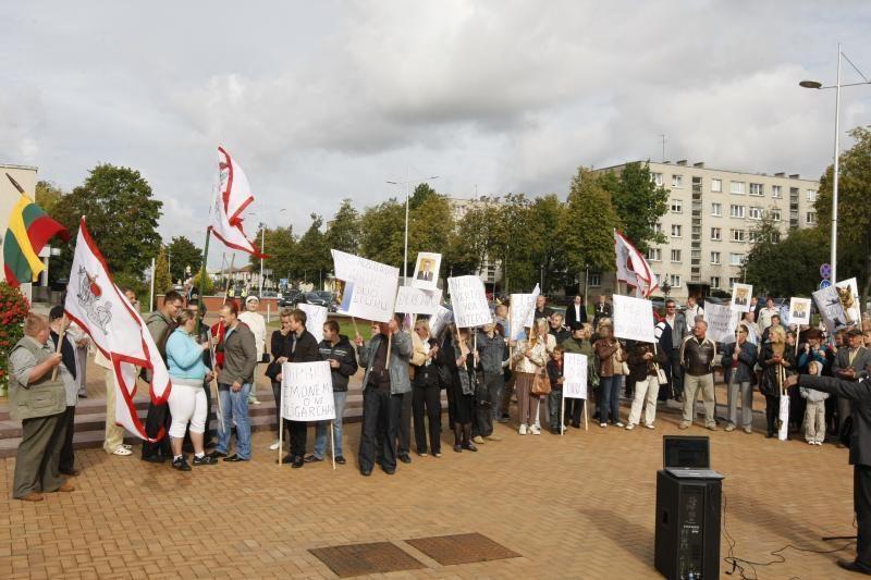 Prieš lemiamą posėdį – Klaipėdos rajono mero palaikymo piketas