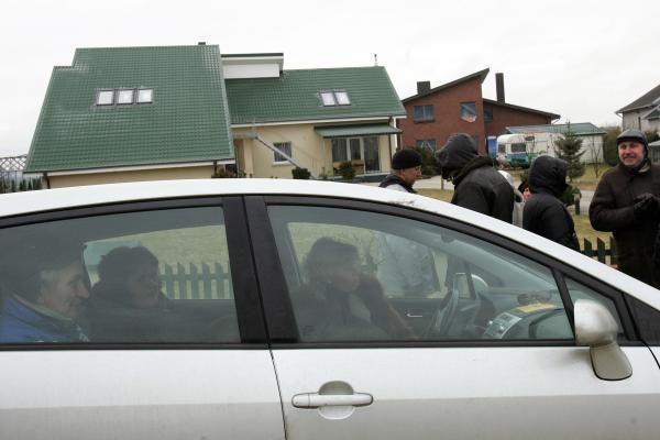 Garliavoje žmonės budėjo per naktį, dėl policijos veiksmų – tyrimas