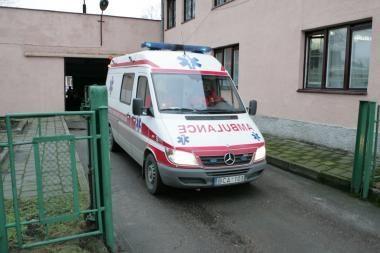 Klaipėdoje mašinos sužalojo vaiką ir pensininkę