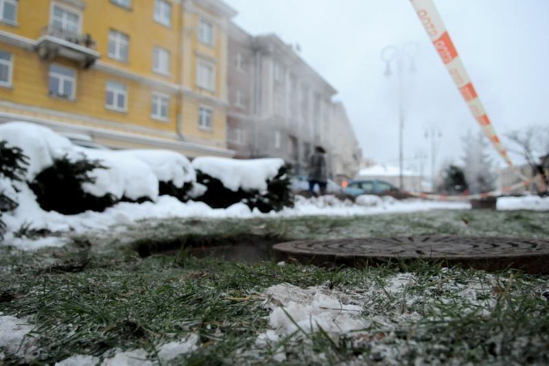 Vilniaus Vokiečių gatvėje trūko vamzdis