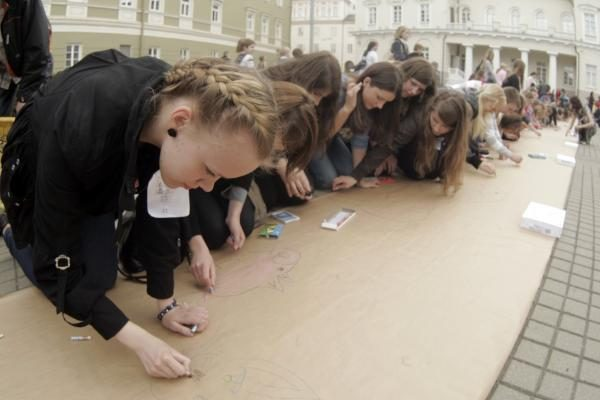 Vaikų gynimo diena: nuo Seimo iki prezidentūros
