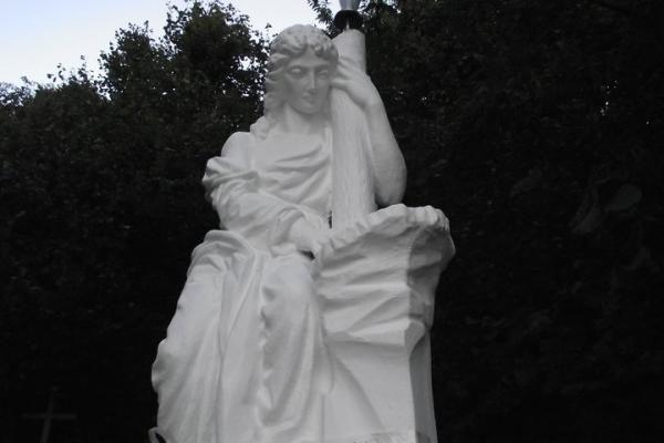 D.Kedžio radimo vietoje iškilo didinga angelo skulptūra