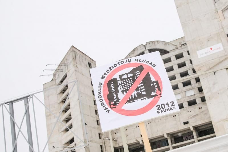 """Pyragas """"Respublika"""" – sunaikintas, kas laukia apleisto viešbučio?"""