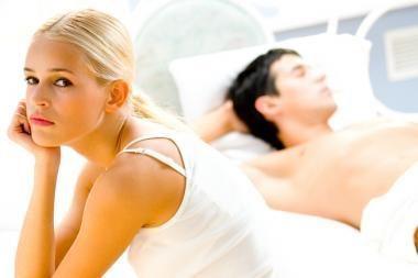 Moterys mylisi iš pareigos, nuobodulio ar gailesčio?