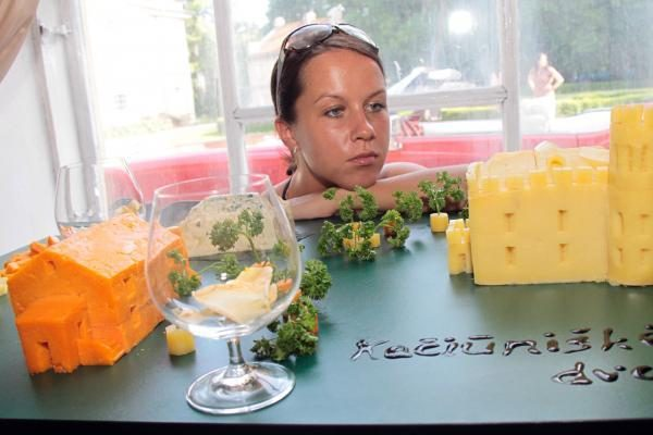 Kačiūniškės dvarui - sūrio maketas
