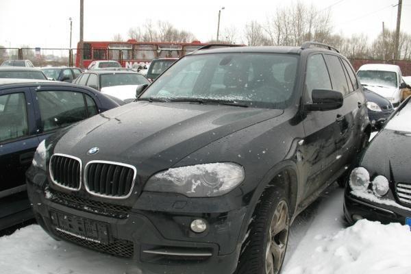 Policijos laimikis - 7 užsienyje vogti automobiliai