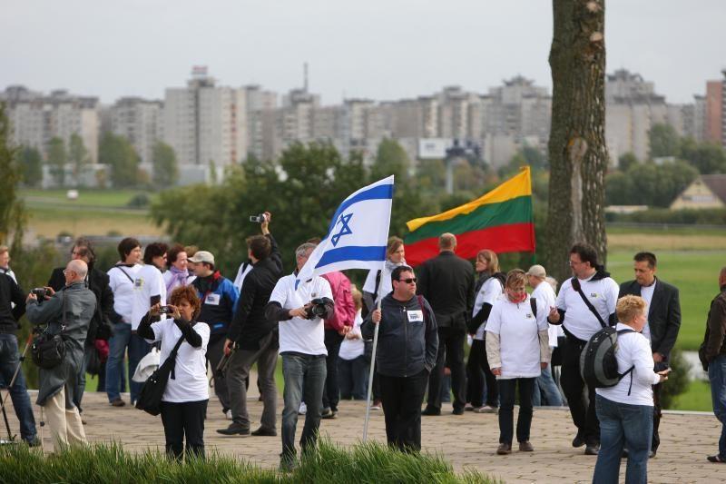 Už žydų žudynes atgailavo ir lietuviai, ir vokiečiai
