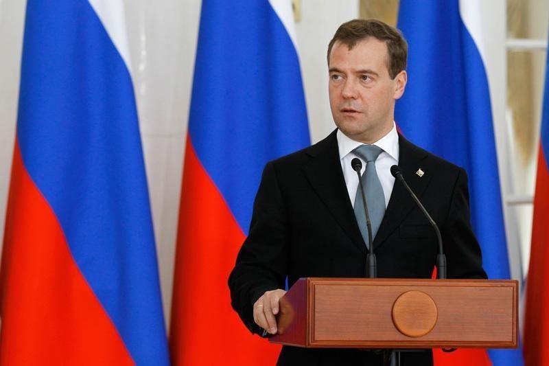 Medvedevas padėkojo Berlusconi už santykių su Rusija stiprinimą