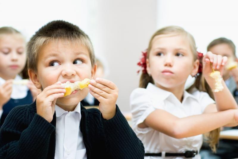 Nemokami vaisiai ir daržovės vaikams – tik nuo lapkričio 1-osios