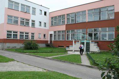 Parlamentarai siūlo mokyklų ginčuose dėl reorganizacijos sprendimo teisę turėtų ministerija