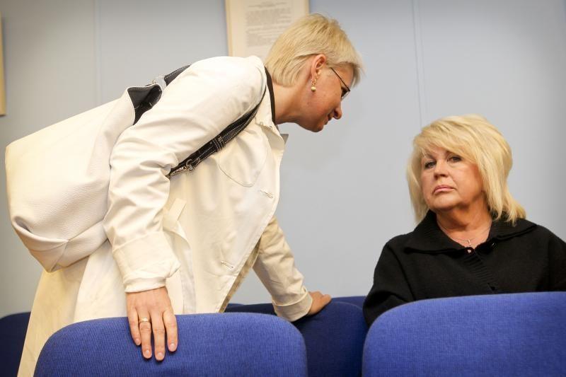 Prokurorai prašo VRK naikinti N.Venckienės neliečiamybę