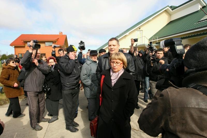 Antstolių rūmai: grasinimai Kauno antstolei yra šiurkštus pažeidimas
