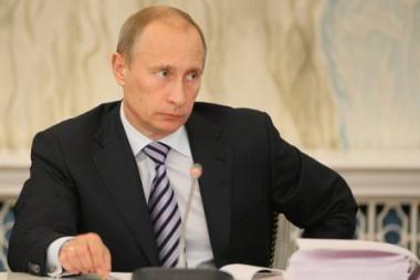 V.Putinas: Rusija kyla, bet Šaltojo karo atgyvenos tam trukdo