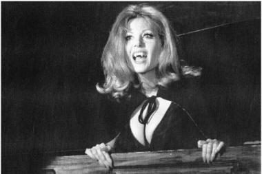 Mirė britų siaubo filmų žvaigždė I.Pitt
