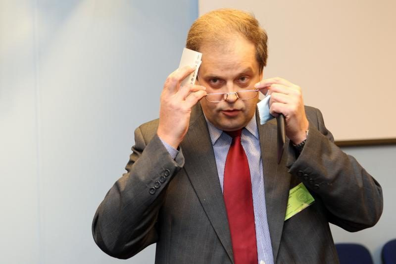 Seimas panaikino teisėjo R.Skirtuno neliečiamybę