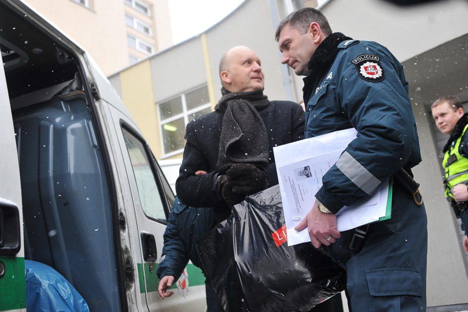 Mėnesiui suimtas K.Kriščiūnas šypsojosi: jaučiuosi puikiai