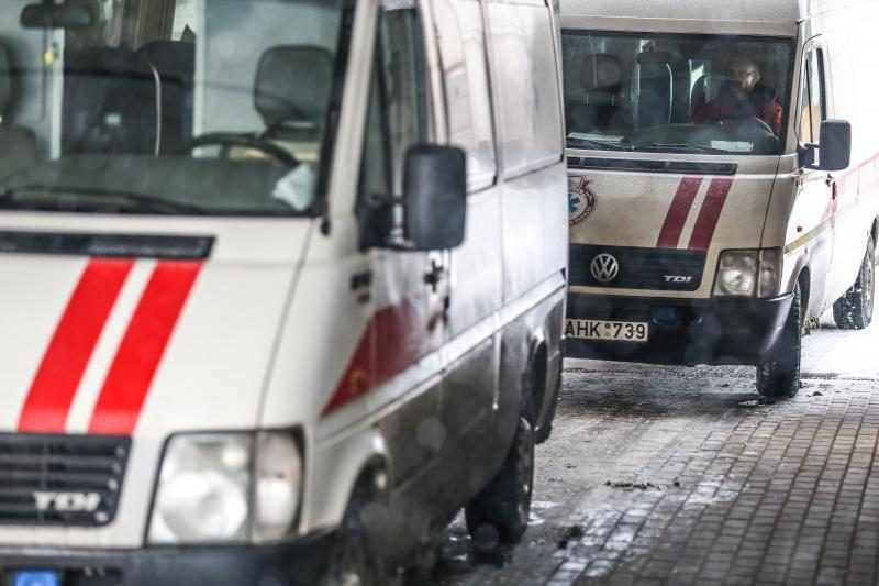 Vilniuje šiukšliavežė mirtinai sužalojo moterį