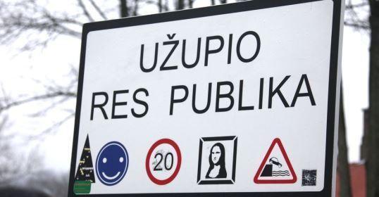 Užupyje bus atidengta Konstitucija estų kalba