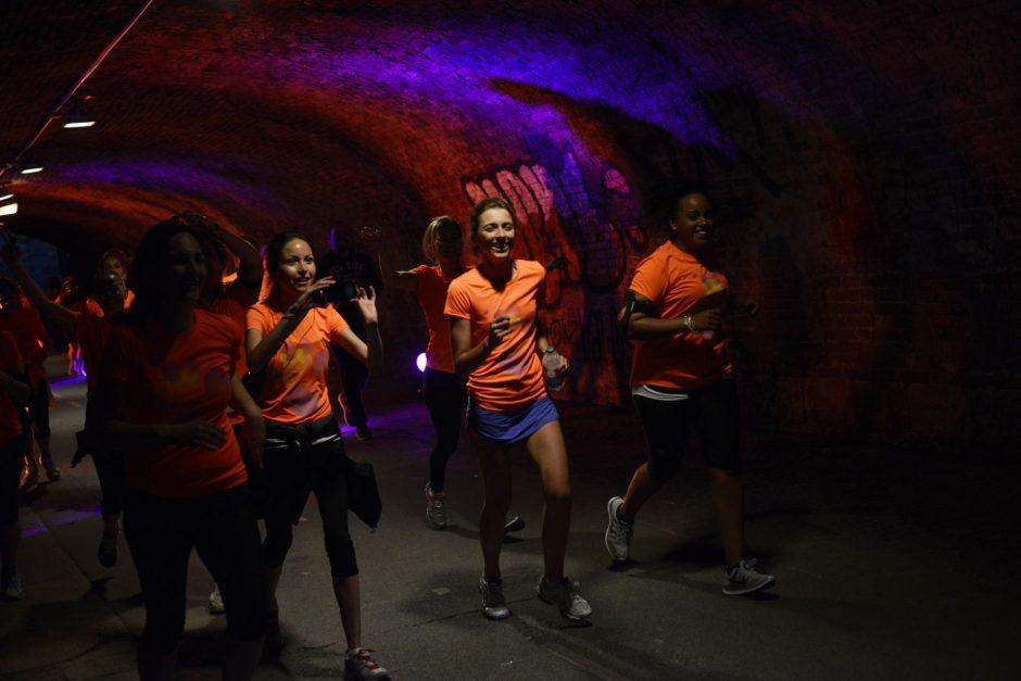 Prasideda registracija į pirmąjį Lietuvoje naktinį bėgimą moterims