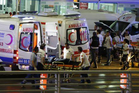 Sprogimai Stambulo oro uoste