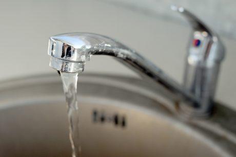 Patvirtino kainas: vilniečiai už vandenį mokės mažiau