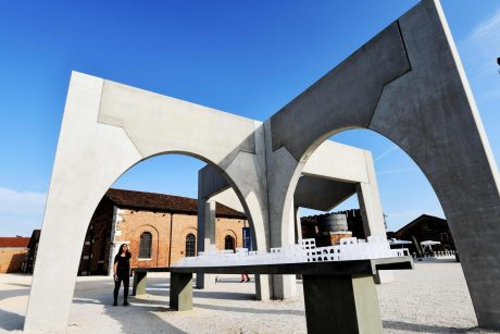 15-oji Venecijos architektūros bienalė