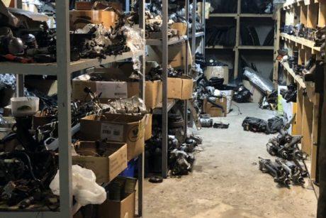 Kaišiadorių įmonėje rasta vogtų automobilių detalių – gresia dveji metai kalėjimo