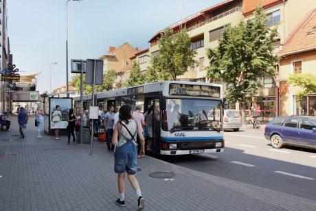 Per Jonines – naktiniai autobusų reisai