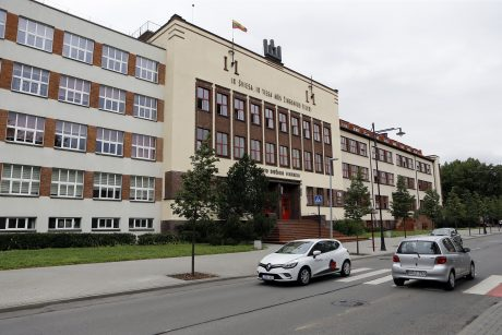 Vytauto Didžiojo gimnazijos remontą tęs ir rugsėjį