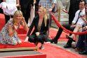 J. Aniston mylimąjį kankina vestuvių baimė