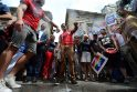 JAV gėjų teisių aktyvistai degtine laistė gatves