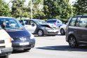 """Avarija Karaliaus Mindaugo prospekte: po smūgio automobilio """"VW Jetta"""" vairuotoja išvežta į ligoninę"""