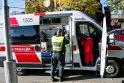 Vieta: mirtis greitosios pagalbos automobilyje sukelia daug problemų.
