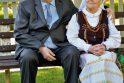 Palaimintosios: taip vadinasi 70-osios santuokos metinės, o palaiminimo S. ir O.Gliebai gavo dvigubai: galėdami iki šiol džiaugtis ne tik vienas kito draugija, bet ir šviesiu protu.