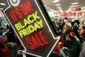 """JAV prasidėjo """"Juodasis Penktadienis"""": trumpa skaičių apžvalga"""